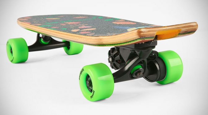 Leafboard Is An Electric Skateboard That's Both Small And Very Affordable