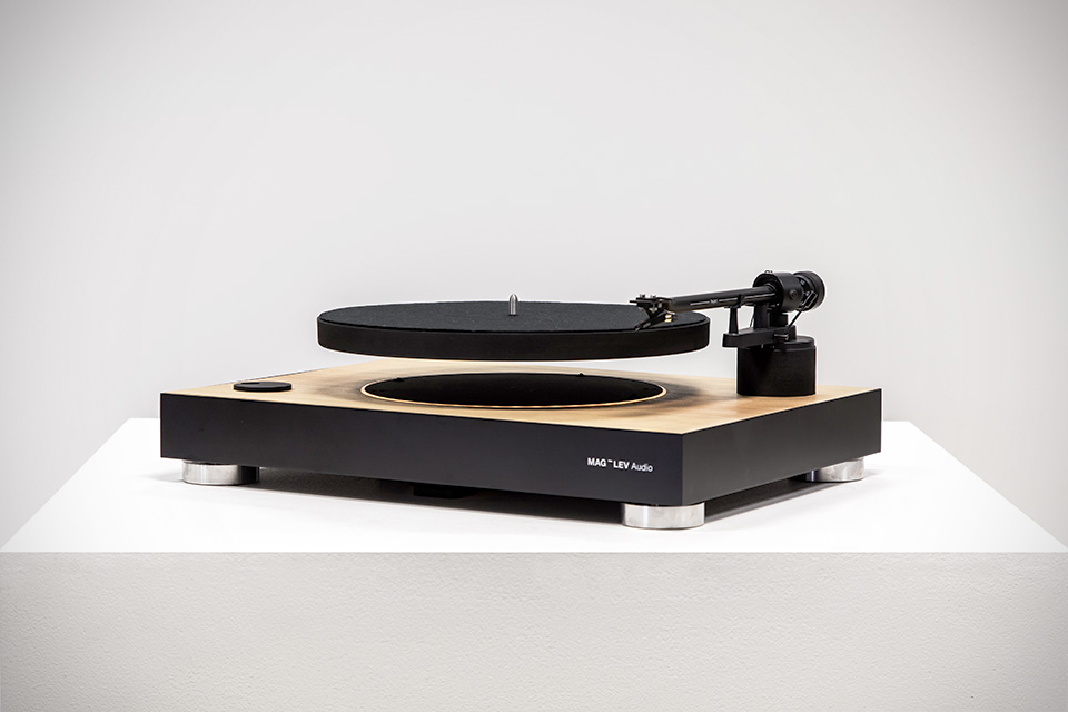 mag lev comes to turntable has platter that floats as it playbacks mikeshouts. Black Bedroom Furniture Sets. Home Design Ideas