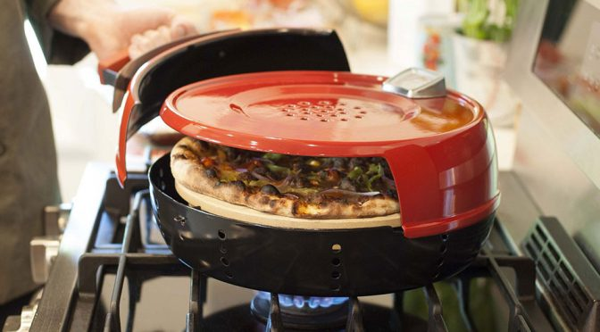This Stovetop Pizza Oven Lets You Make Pizzeria-Quality Pizzas In Minutes