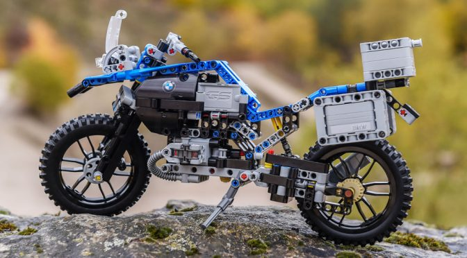 LEGO Technic BMW R 1200 GS Features A Specially Designed Technic Piece