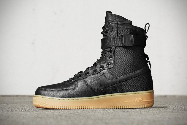 Nike Special Field Air Force 1 Sneakers