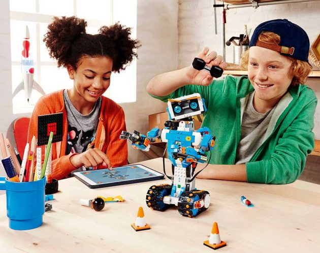 LEGO Boost 17101 Robotics System
