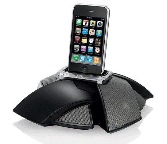 JBL On Stage iPhone/iPod speaker dock 544px