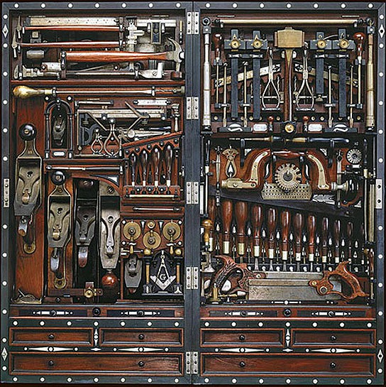 Henry O Studley Tool Chest img1 544px
