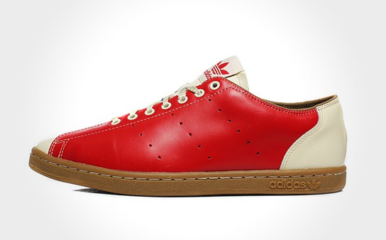 Jeremy Scott x adidas Originals by Originals JS SLM Bowling 544x338px