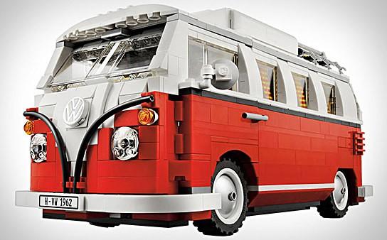 LEGO Volkswagen Camper Van 544x338px