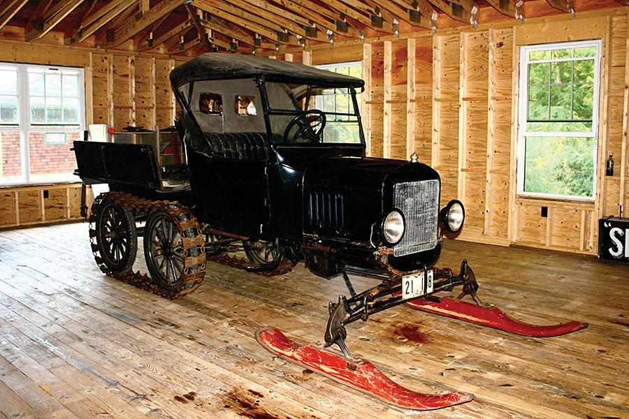 1923 Ford Model T White Garage Snowmobile 900x600px