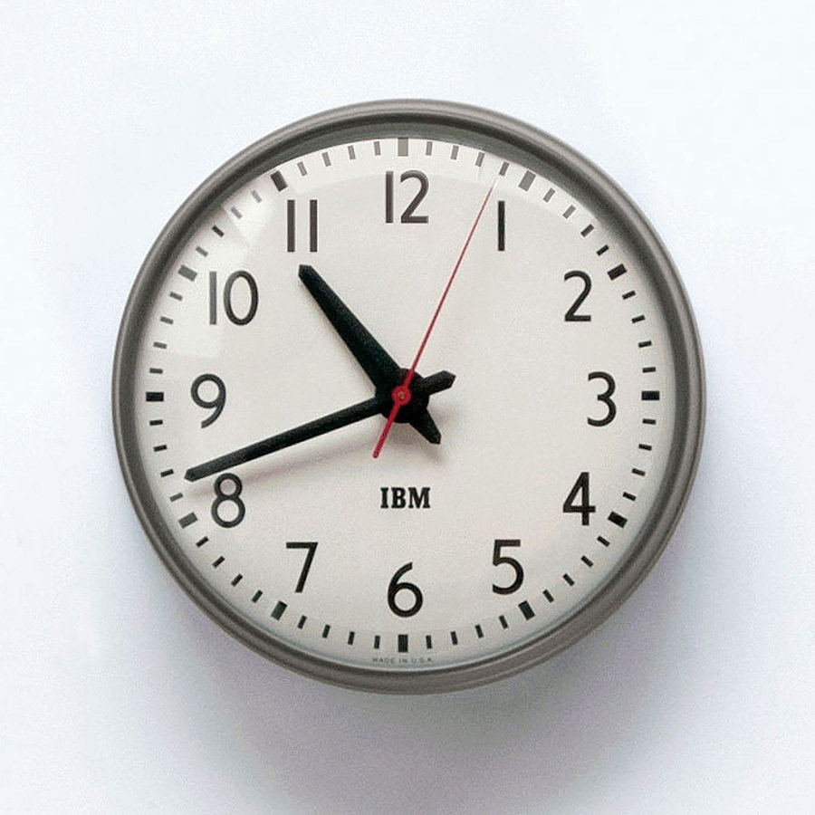 1960s IBM 13-5-inch Standard Issue Clock 900x900px