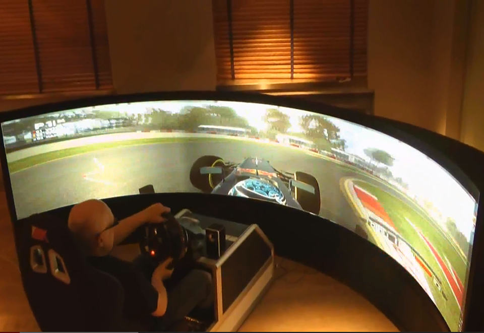 Benny Drive 175-Degree Display Racing Simulator
