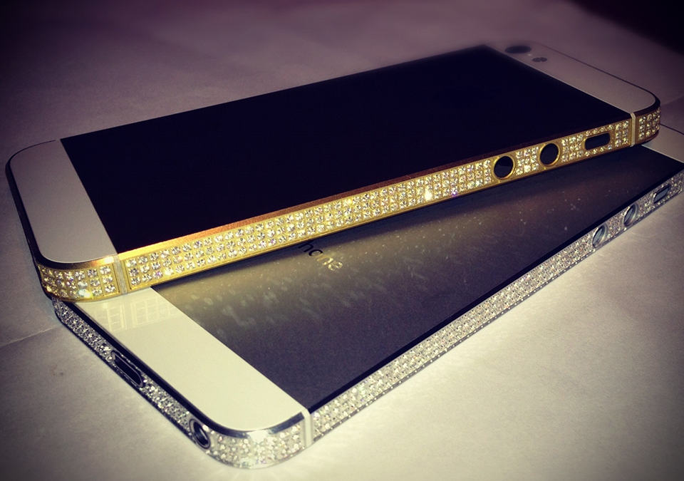 Diamond & Gold iPhone 5 by Amosu