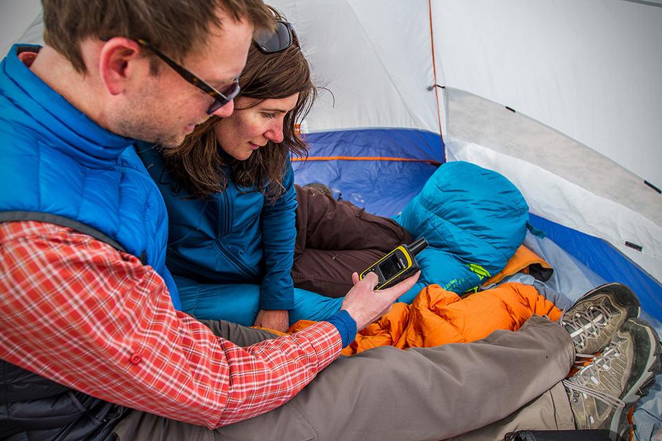 DeLorme inReach SE Satellite Communicator - Camping
