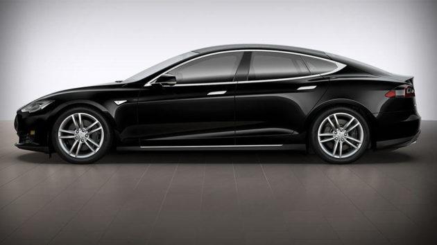 Tesla S P85D Electric Car