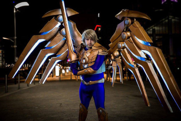 League of Legends Aether Wing Kayle Motorized Wings