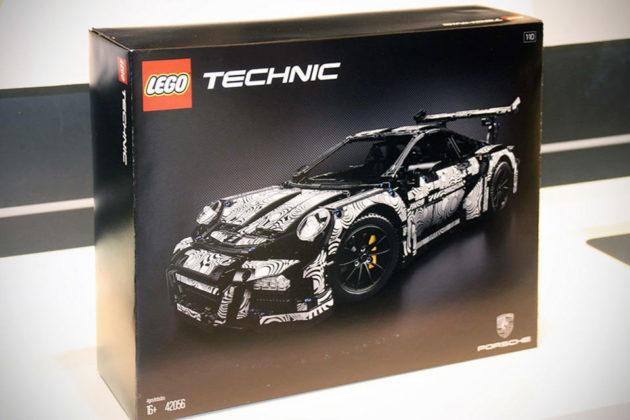 LEGO Technic Porsche 911 42056