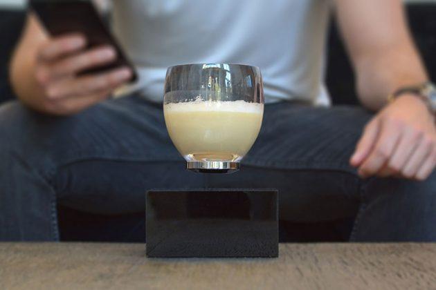Levitating Cup - Drinkware That Defies Gravity