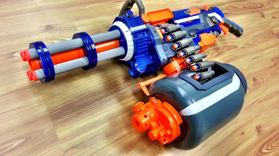 Guy Reimagined NERF Vulcan Into A Fast Foam Dart-spitting Gatling Gun -  MIKESHOUTS