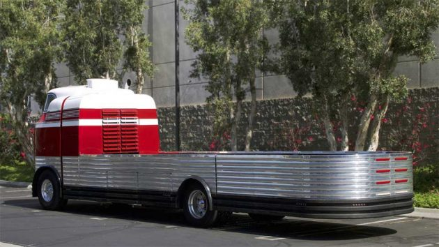 1941 GM Futurliner Vehicle Carrier