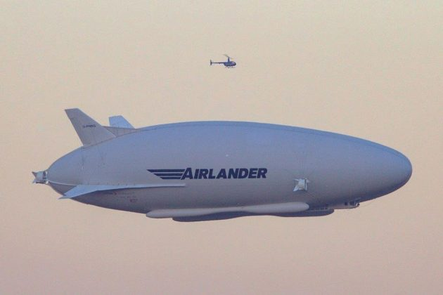 Hybrid Air Vehicles Airlander 10 Maiden Flight in UK