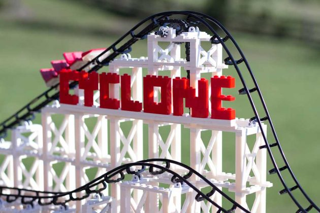 Miniature Wonder Cyclone Lego Compatible Roller Coaster