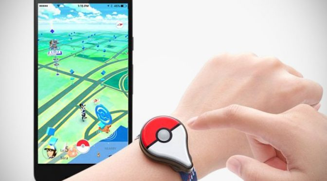 <em>Pokémon Go</em> Plus Wearable Will Save Your Smartphone Some Precious Juice