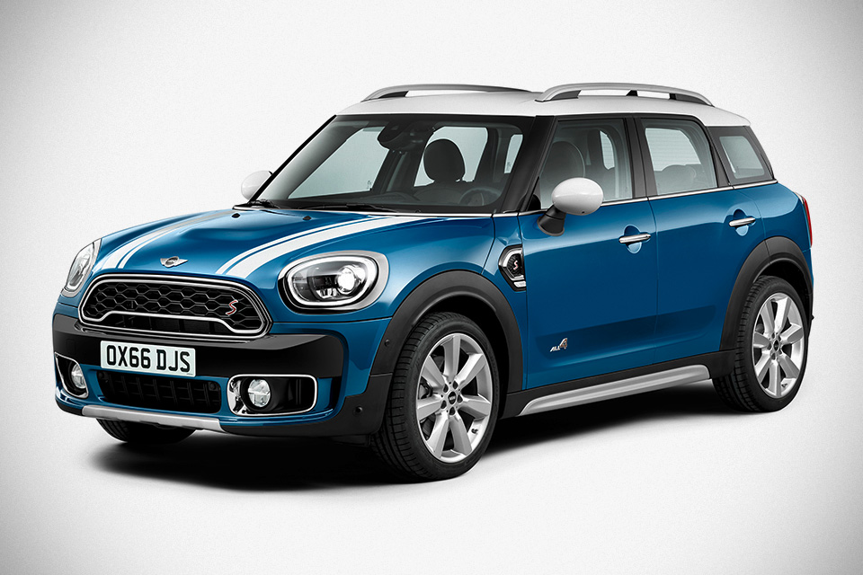 all new mini countryman unveiled along with a plug in hybrid variety mikeshouts. Black Bedroom Furniture Sets. Home Design Ideas