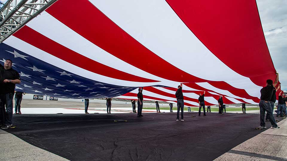 2017 Silverado HD World's Largest Flag Pulled