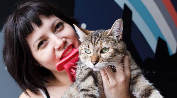 LICKI Brush Silicone Rubber Cat Brush