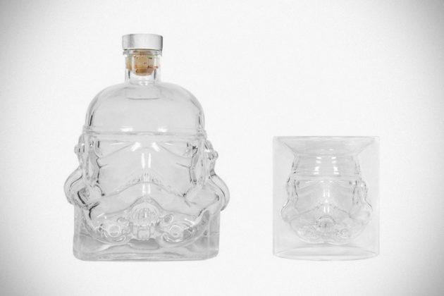 star-wars-stormtrooper-decanter-and-shot-glass-image-1
