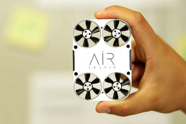 AirSelfie Portable Flying Camera