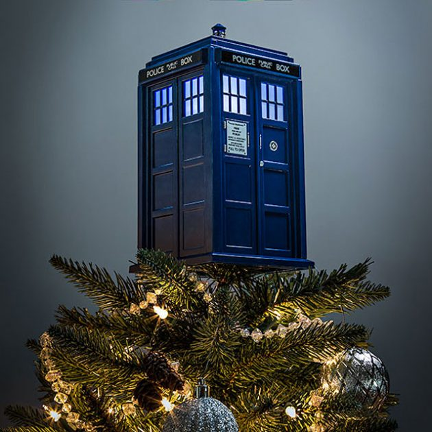 Doctor Who TARDIS Light-up Tree Topper