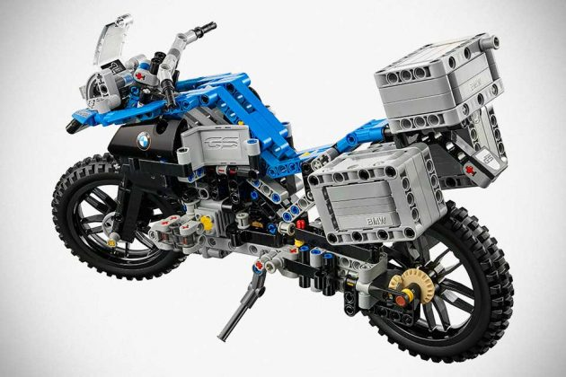 LEGO Technic BMW R 1200 GS Adventure