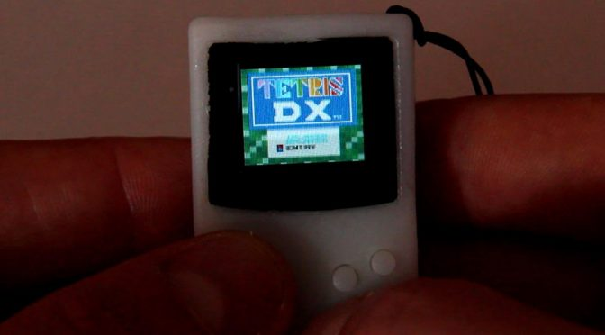 Functional DIY Keychain Game Boy by Sprite_tm