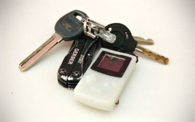 Functional DIY Keychain Game Boy by Sprite_tm