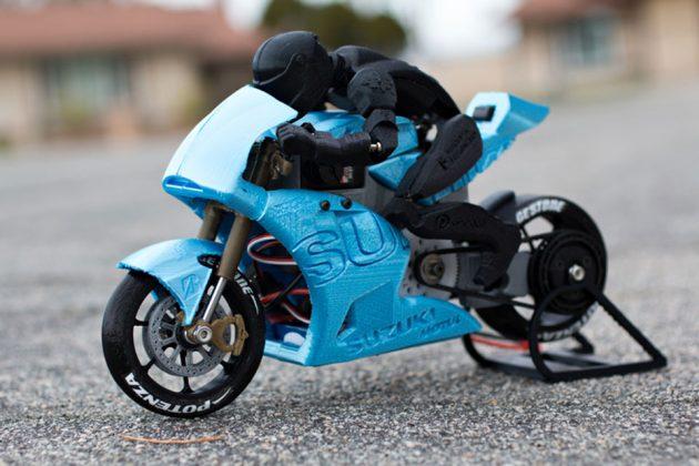 3D Printed DIY RC Motorcycles by Brett Turnage