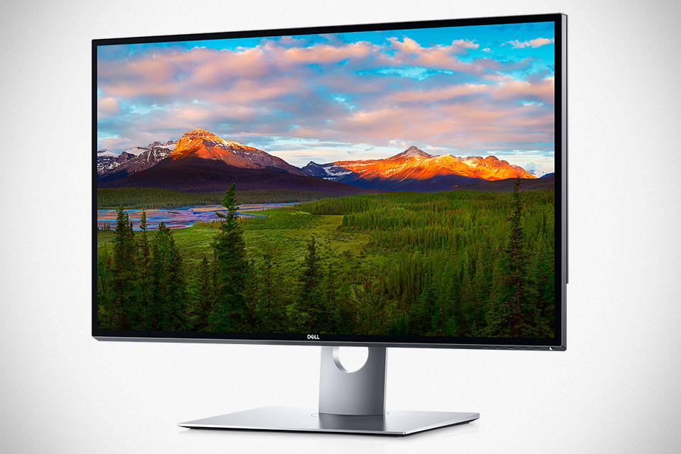 DELL UltraSharp 32 Ultra HD 8K Monitor