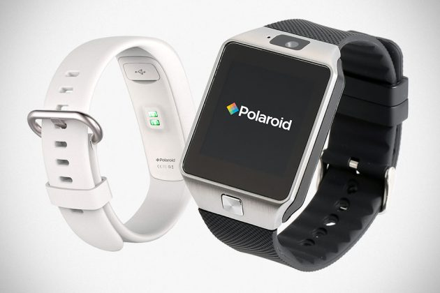 Polaroid smartwatch and fitness tracker