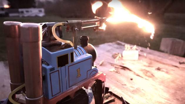 Dangerous Toy Mod - RC Hexapod Flamethrower