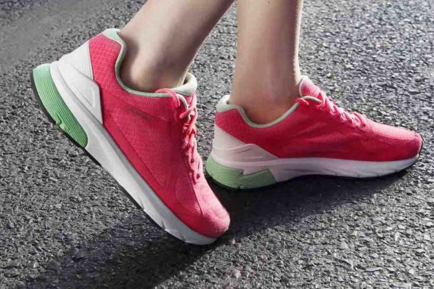 Xiaomi 'Intel Inside' Ultra Smart Running Shoes