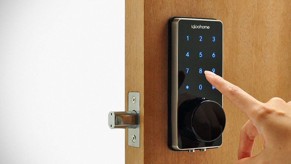 This Smart Lock Ditches Wifi Still Allows You To Remotely
