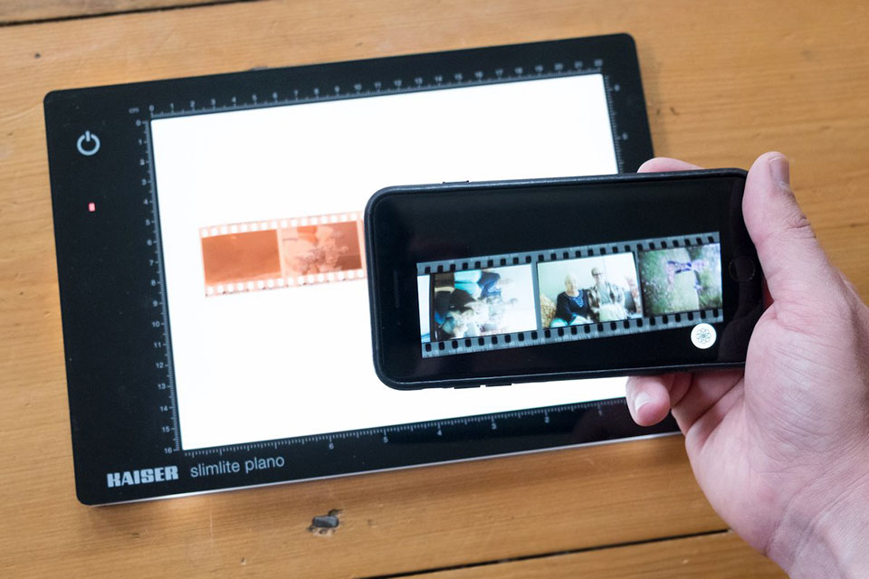 This Brilliant App Turns Negatives Into Digital Files By
