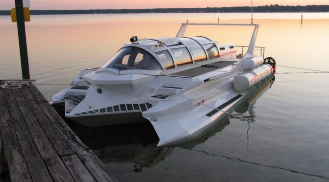 This Sci Fi Ish Speedboat Submarine Hybrid Piques The Marines