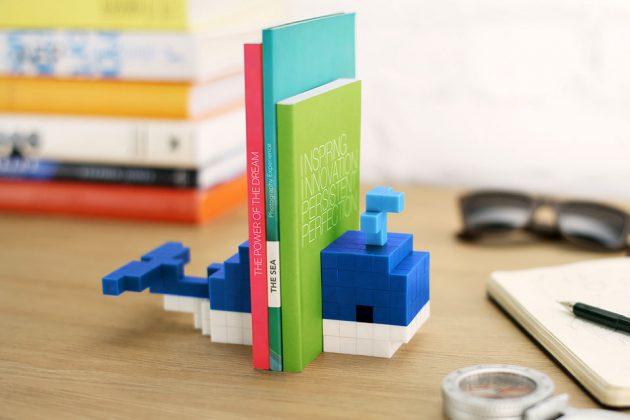 Pixio Magnetic Construction Set Lets You Create Pixel Art Toys