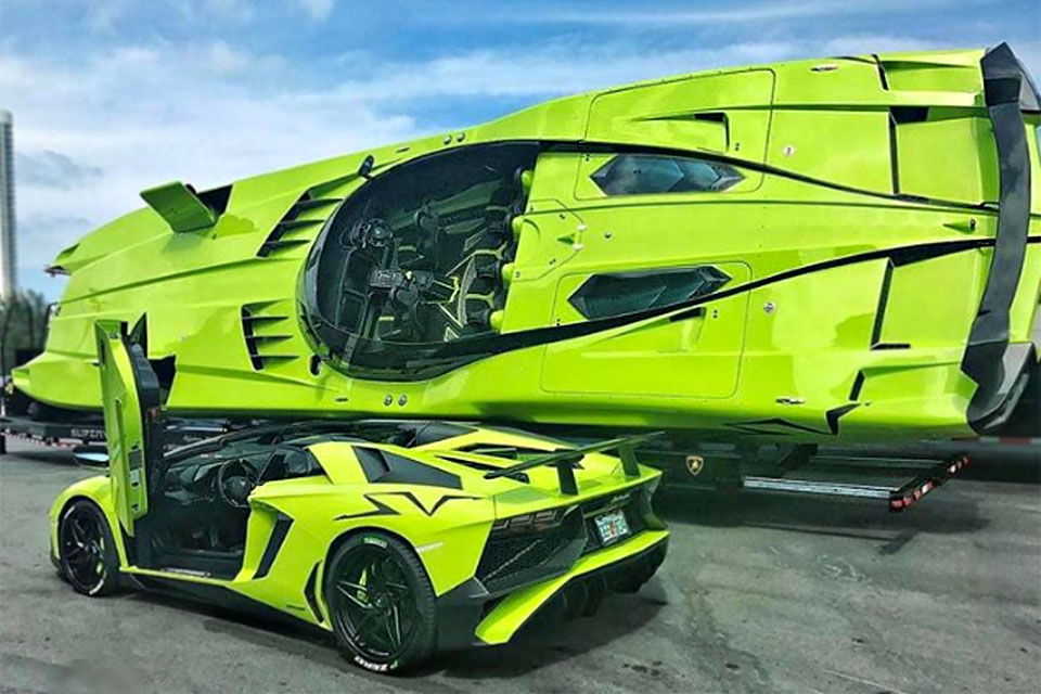 Customized Lamborghini Aventador SV Roadster With Speedboat