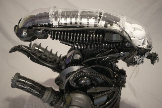 Custom 1/3th Scale LEGO Alien Xenomorph Bust by Blair Archer