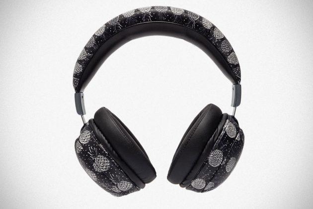 Dolce & Gabbana Black Pineapple Headphones