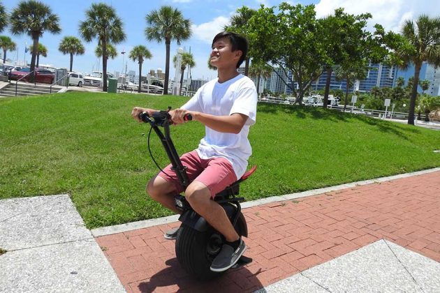 Uno Bolt Electric Unicycle with Gyro Force