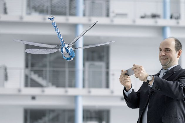 Festo BionicOpter Dragonfly-inspired Ultralight Flying Object