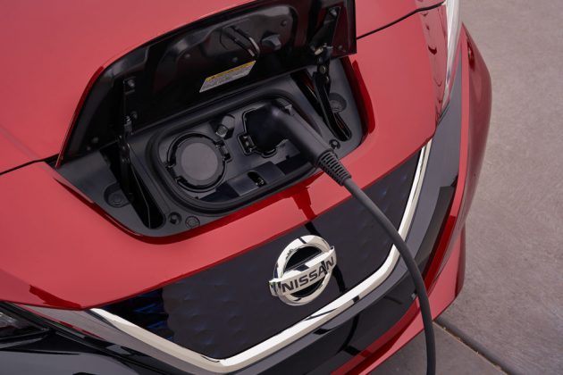 2018 Nissan LEAF Electric Car Unveiled with Price