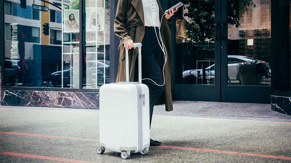 2f1aefc18f0 Incase s First Connected Suitcase Is Sleek