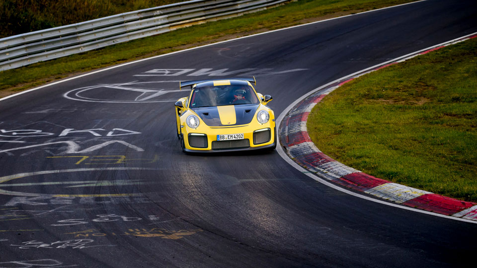 it 39 s official as of september 20 gt2 rs is the fastest. Black Bedroom Furniture Sets. Home Design Ideas